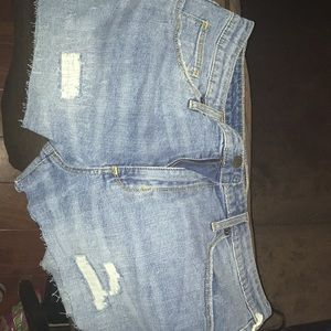 Universal thread size 14 new shorts